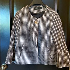 Darling black and white houndstooth jacket